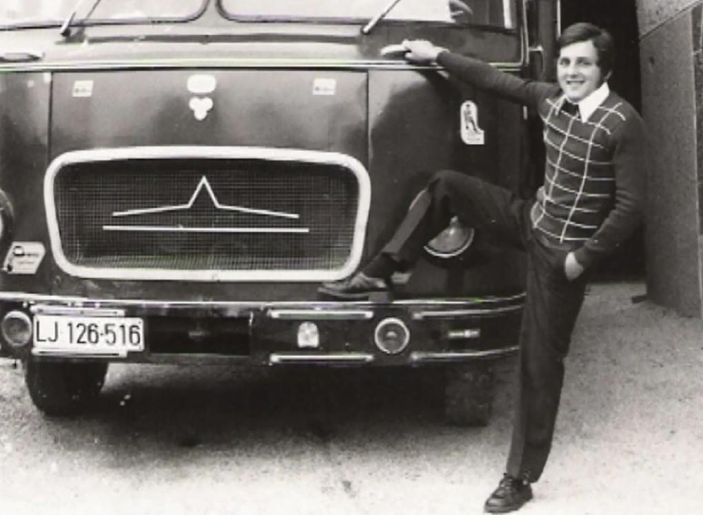 Prvo motorno vozilo.
